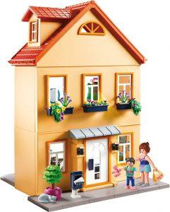 Dieses Playmobil stadthaus hat zwei Stockwerke.