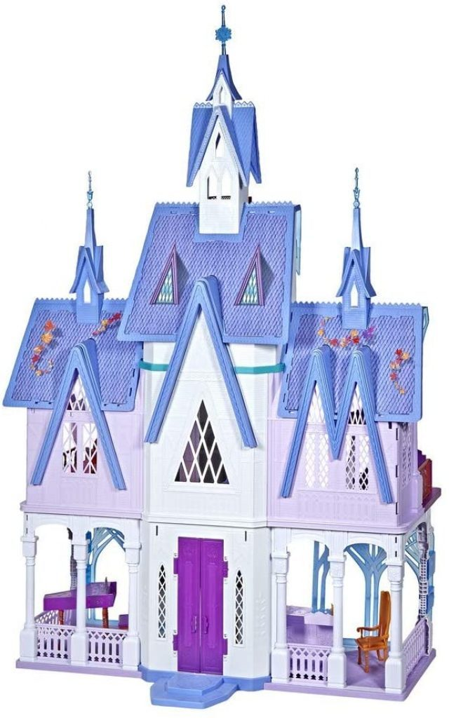 Das Eiskönigin Schloss hat 7 Zimmer.